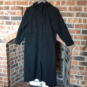 LL Bean black long trenchcoat With Hood petite XS